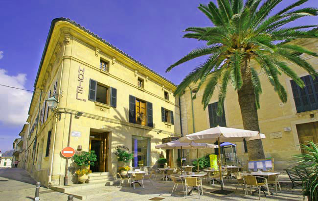 Hotel de interior en Pollença