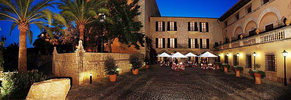 Hotel de interior en Lloseta